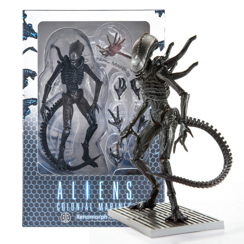 Aliens Colonial Marines Xenomorph Lurker 1:18 Scale Action Figure