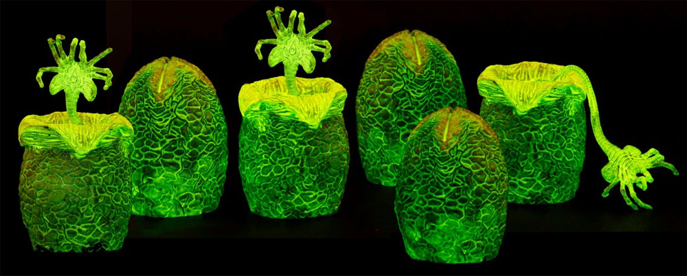 Alien Glow-in-the-Dark Egg 6-Pack Set in Collectible Carton