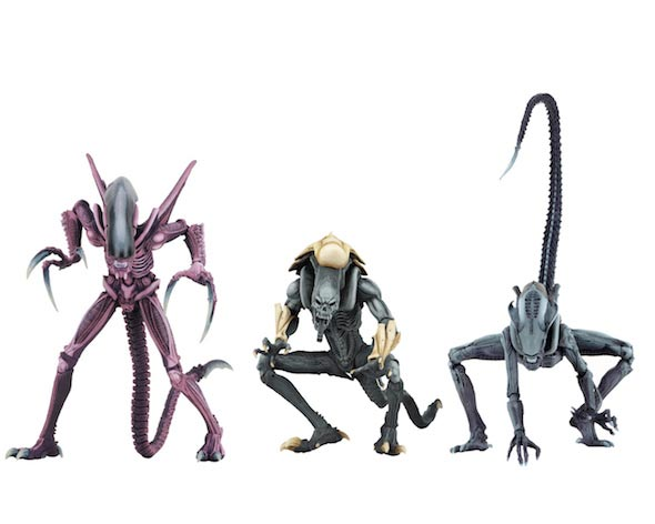 "Alien vs Predator Arcade Appearance 7"" Scale Alien Action Figure Set of 3"
