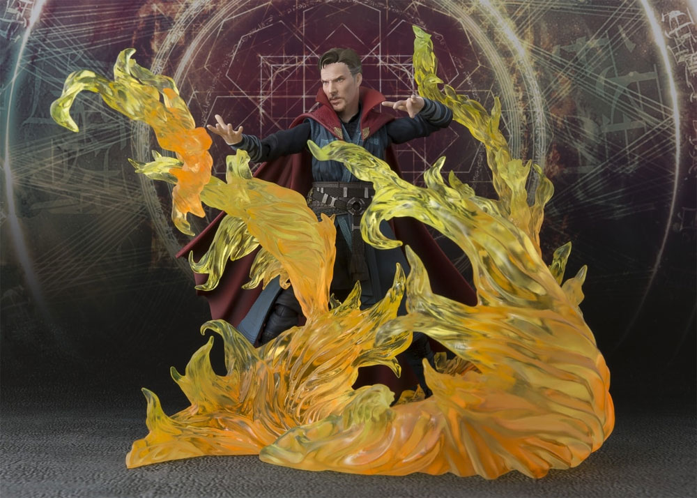 Doctor Strange & Burning Flame Figure Set Bandai S.H. Figure