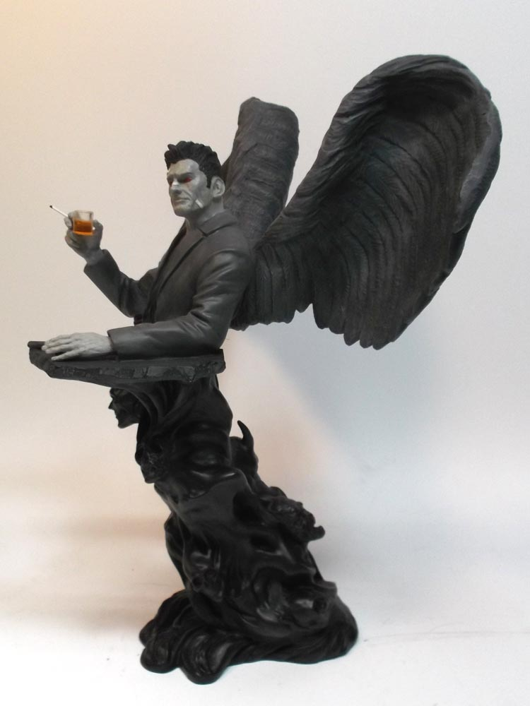 "Criminal Macabre Cal McDonald 14"" Tall Bust (Winged Variant Edition) - Click Image to Close"