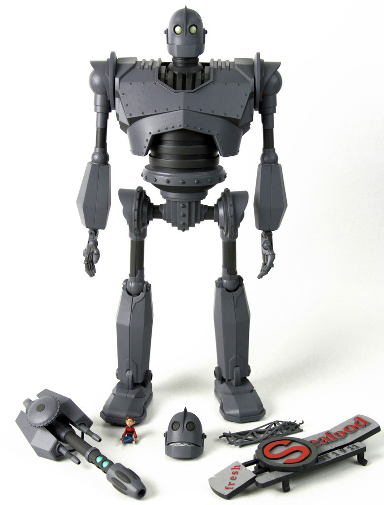 "Iron Giant Deluxe 16"" Collectible Figure"