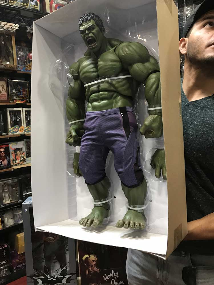 Avengers Age of Ultron Hulk 1/4 Scale Action Figure