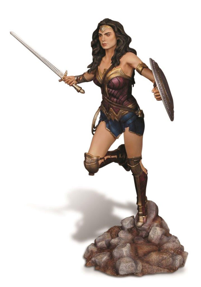 Batman Vs. Superman Wonder Woman 1/8 Scale Resin Model Kit