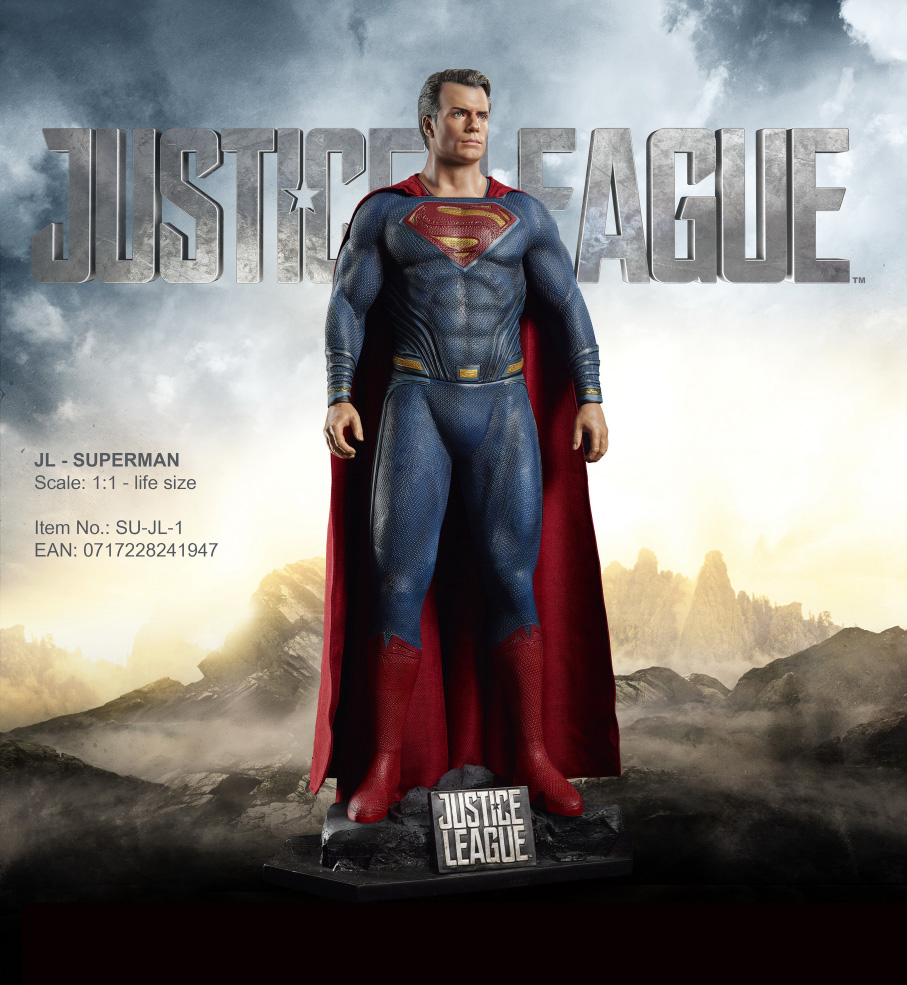 Justice League Superman Life-Size Display