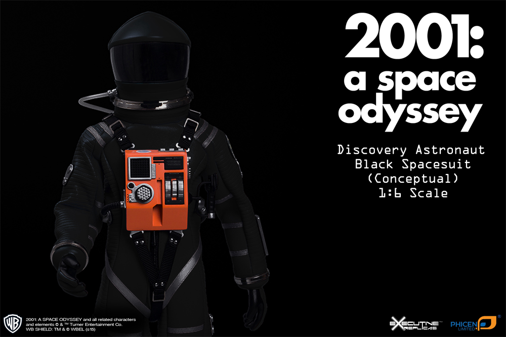 2001: A Space Odyssey Black Discovery Astronaut 1/6 Figure Spacesuit