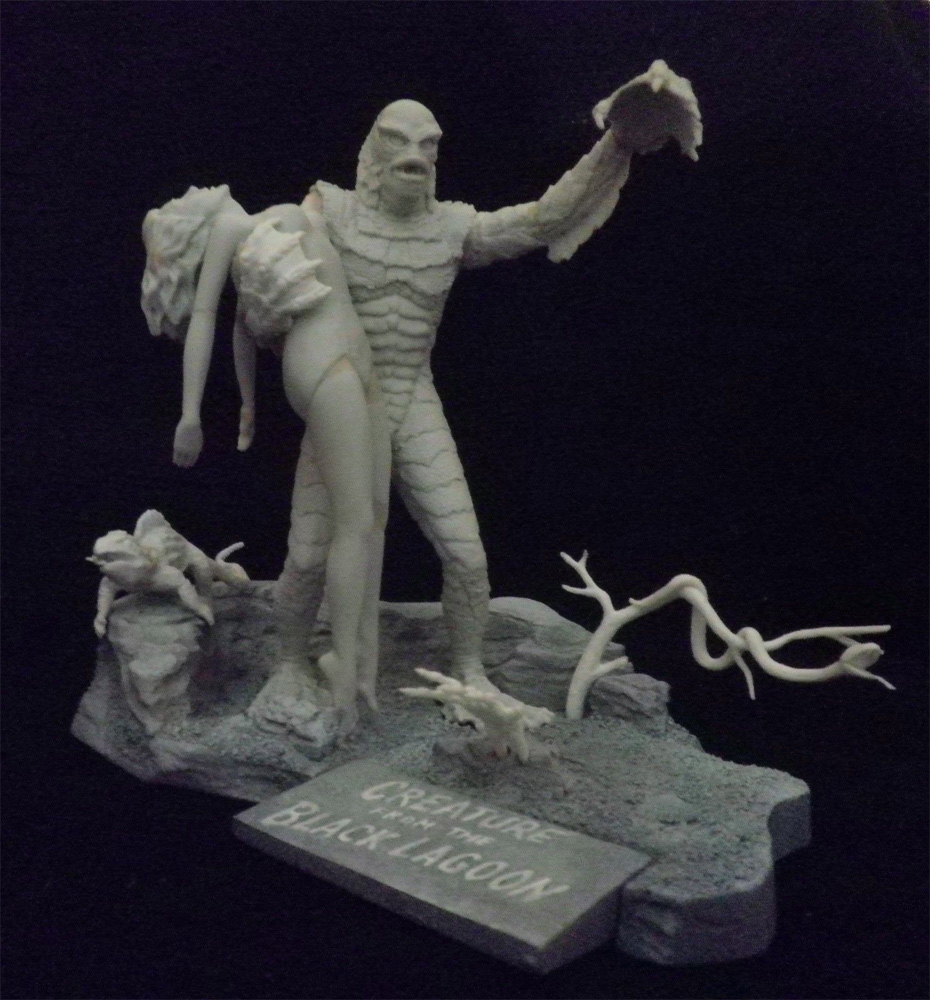 Aurora Monster Scenes Scale Creature Cave Scene #2 Model Kit