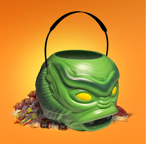Creature from the Black Lagoon Universal Monsters Super Halloween Bucket