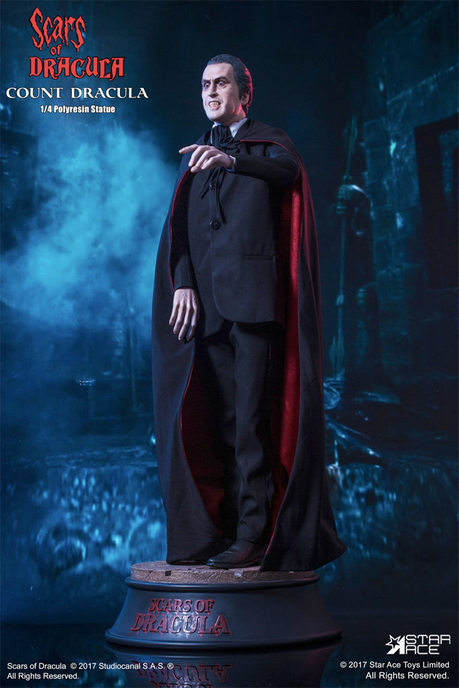 Scars Of Dracula Count Dracula Christopher Lee 1/4 Scale Figure by Star Ace