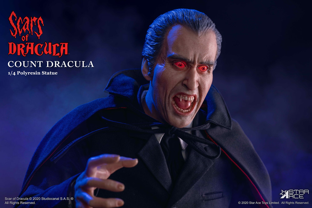 Dracula Scars of Dracula Hammer Films 1/4 Scale Deluxe Light-Up Statue Christopher Lee