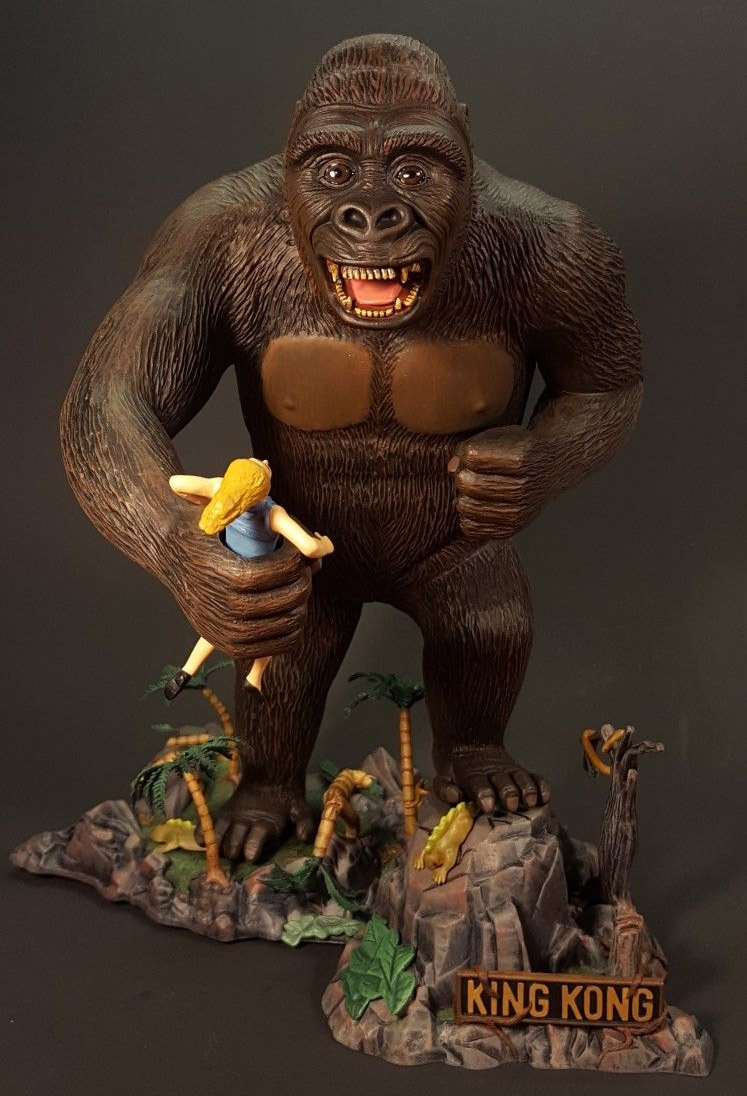 King Kong Aurora Re-Issue Glow Edition Model Kit by Atlantis