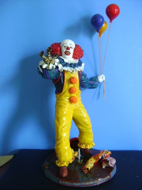 IT Pennywise The Clown 1/5 Scale Resin Model Kit