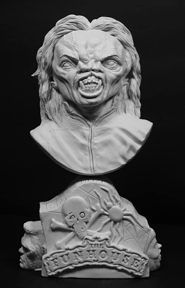 Funhouse Freak 1/4 Scale Bust Model Kit