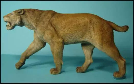Homotherium Prehistoric Mammal Model Kit