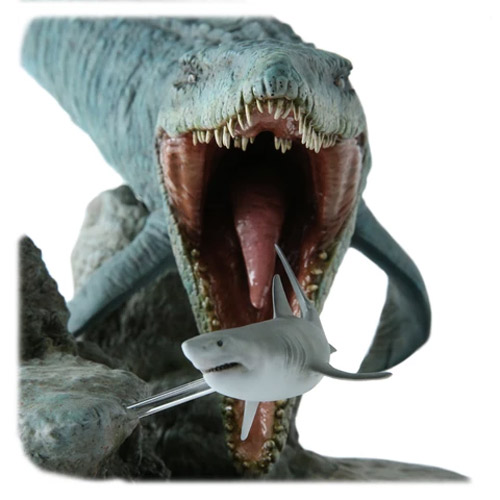 Jurassic Park Jurassic World Mosasaurus with Shark Statue by Chronicle
