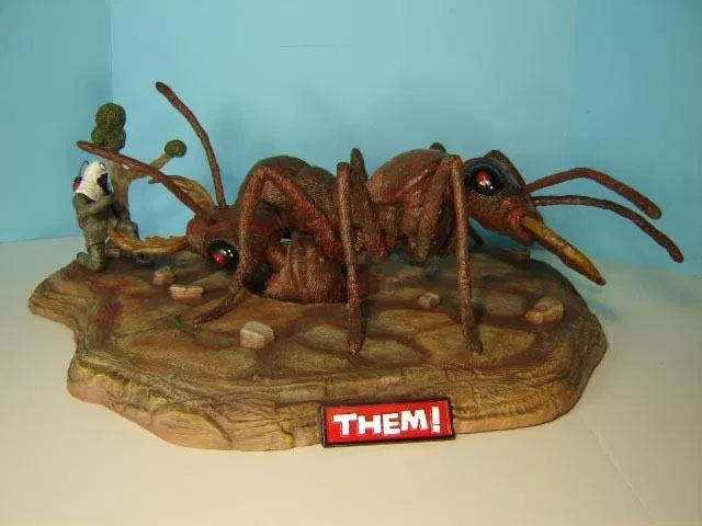 Them 1954 DELUXE Giant Ant Diorama Model Kit