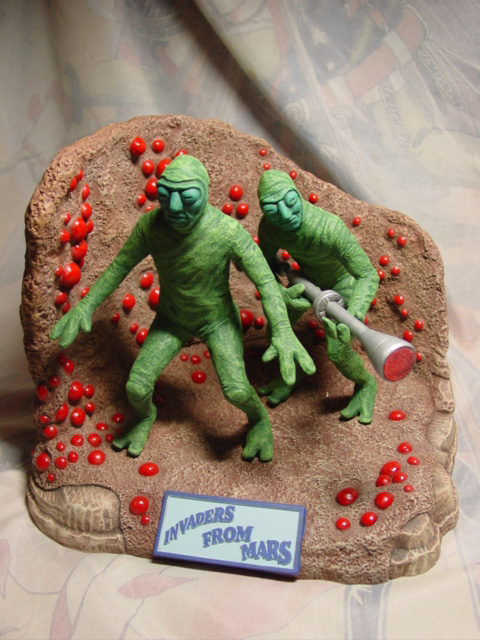 Invaders From Mars Martian Diorama Resin Model Kit