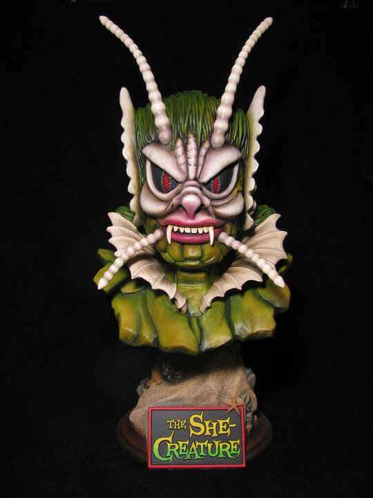 She Creature 21 Inch 1/2 Scale Big Head Bust Model Kit