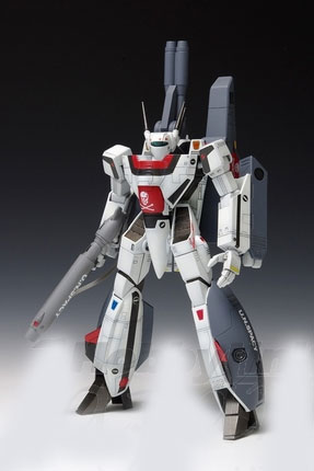 Macross Robotech Snap-Fit VF-1S Strike Valkyrie Battroid Hikaru Ichijo 1/100 Model Kit by Wave