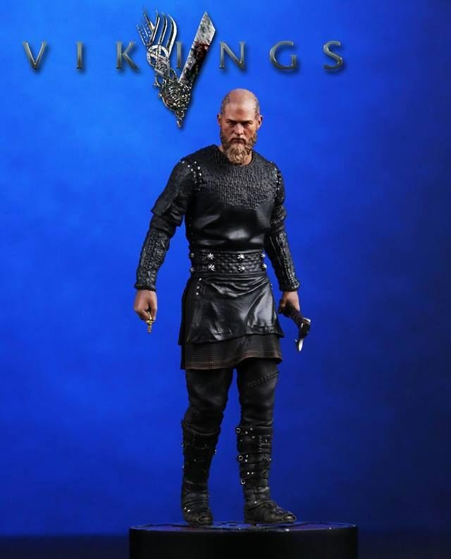 Vikings TV Series King Ragnar 1/9 Scale Statue