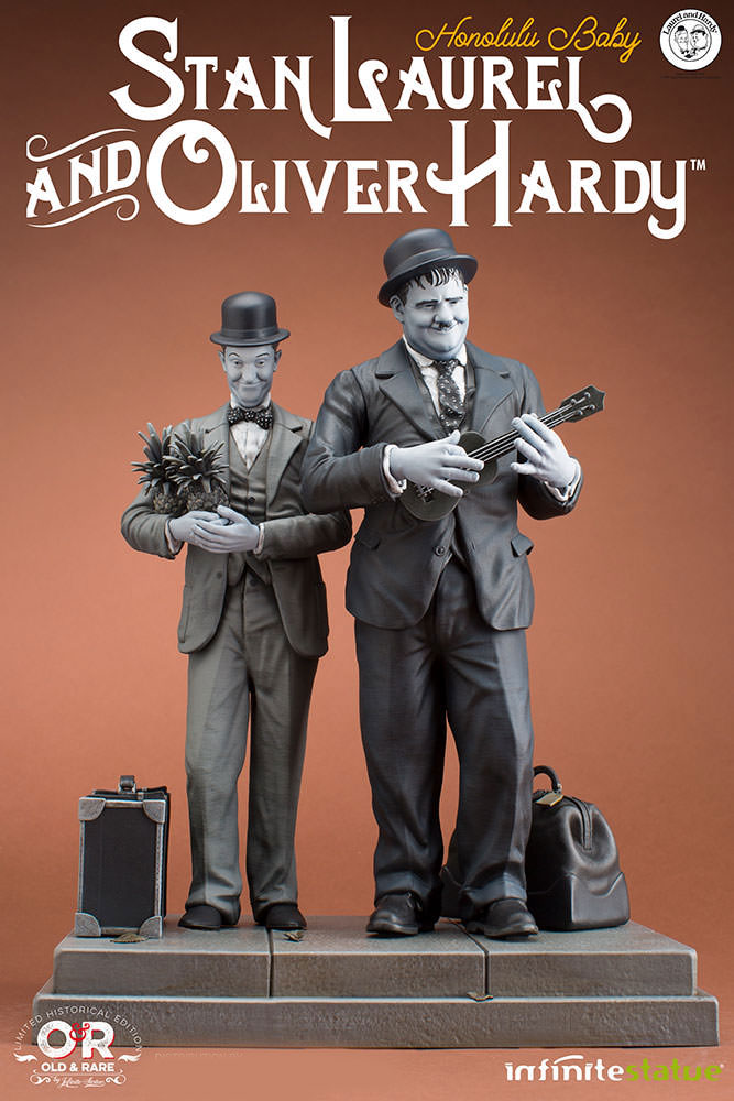 "Laurel and Hardy Honolulu Baby Stan Laurel & Oliver Hardy 11"" Statue"