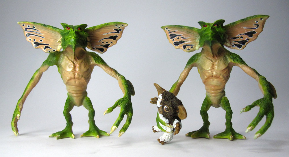 Gremlins Twin Pack 2 Evil Gremlins and Gizmo Figure Statues