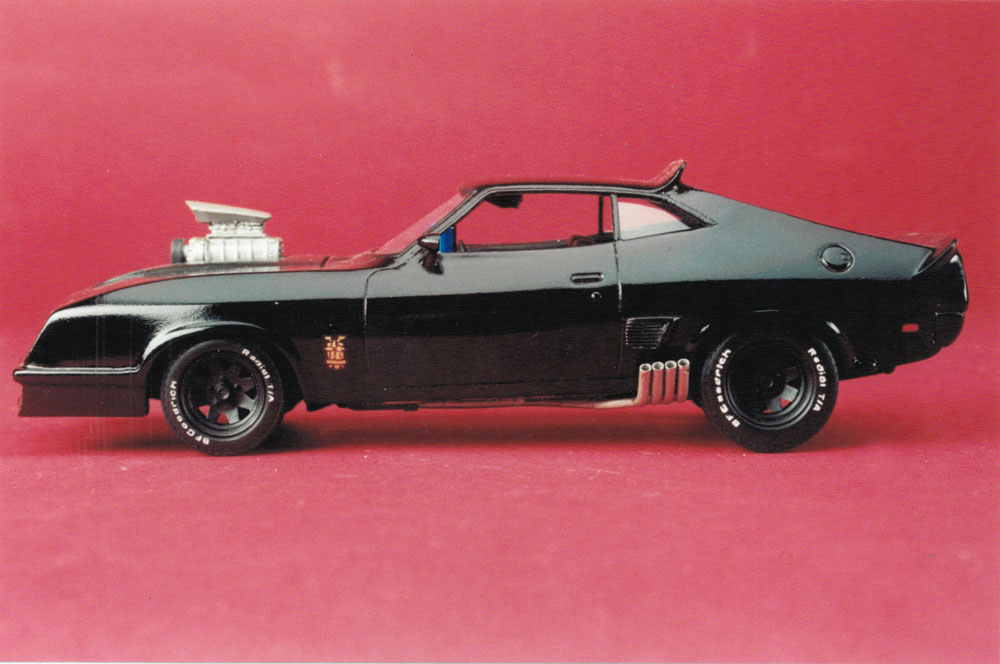 Mad Max Last Of The V8 Police Interceptor 1/24 Scale Model Kit
