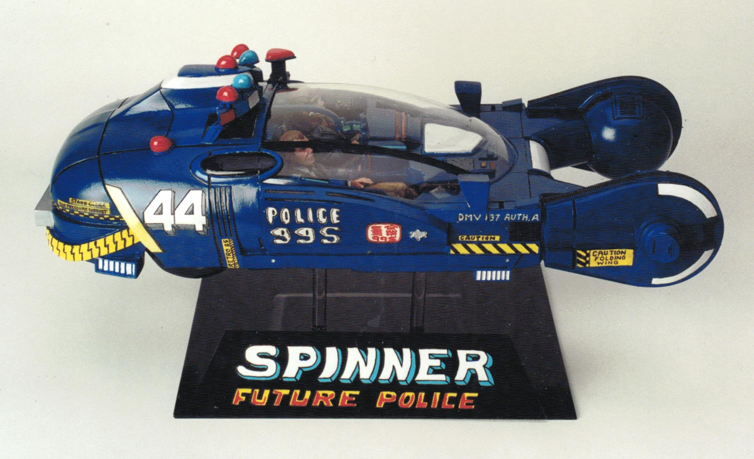 Police Spinner 2019 w/ Deckard & Gaff figures 1/12 Scale Prop Model Kit:
