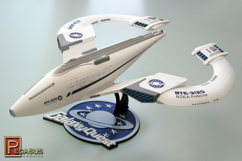 Galaxy Quest NSEA Protector Ship Preassembled Display