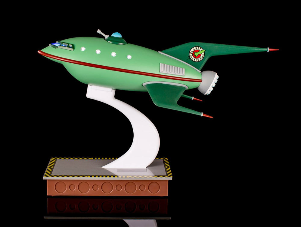 Futurama Planet Express Spaceship Master Series Replica