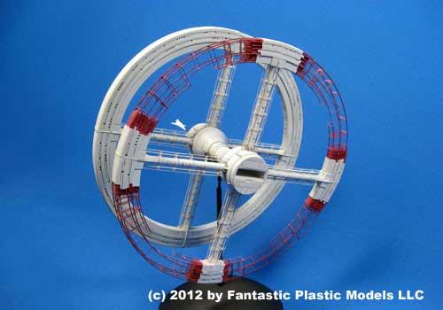 2001: A Space Odyssey Space Station V Model Kit 2001 Space