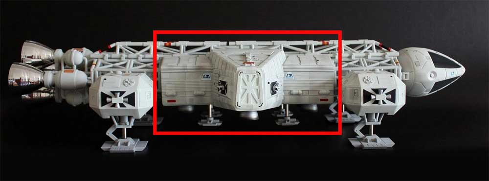 "Space 1999 Eagle Transporter 22"" Long 1/48 Scale Labooratory Pod Model Kit"