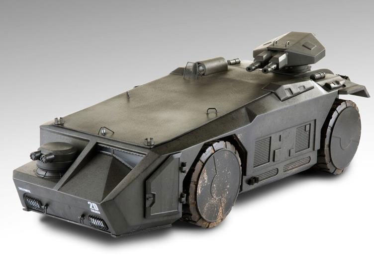 Aliens APC (Armored Personnel Carrier) 1/18 Scale Vehicle