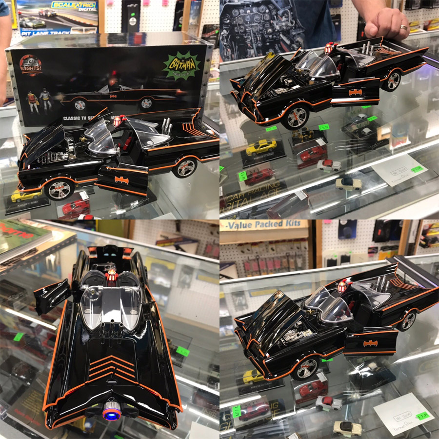Batman 1966 Batmobile 1/18 Scale Replica with Lights and Figures