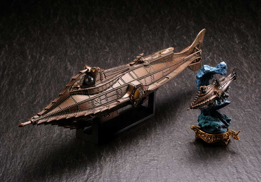 20,000 Leagues Under The Sea 1954 Disney Nautilus Submarine & Mini Vignette Revoltech Figure Set by Kaiyodo