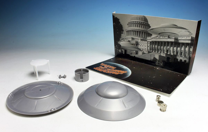 "Earth Vs. The Flying Saucers 5"" Saucer Model Kit with Lights (SILVER EDITION)"