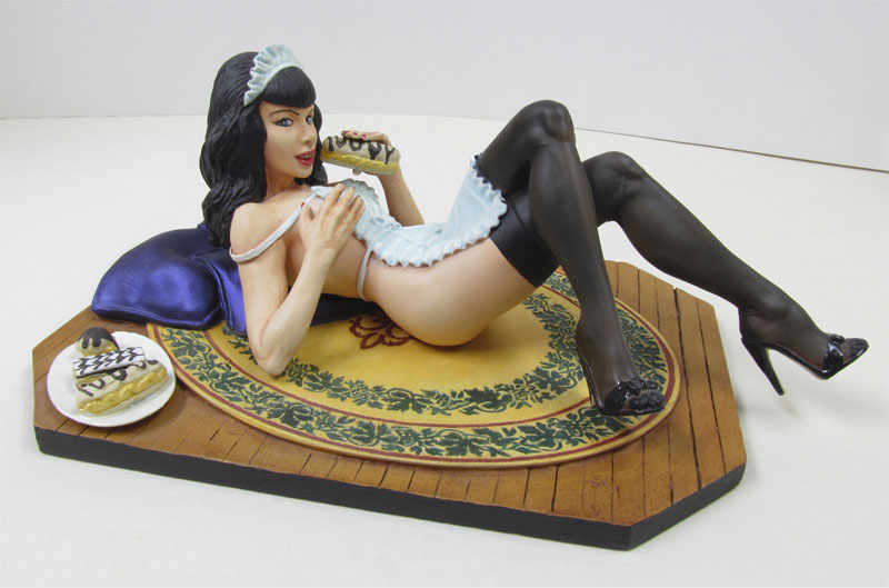 Bettie Page French Pastry 1/8 Scale Model Kit