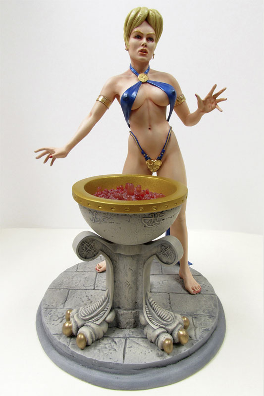 Angelina Sorceress of Light with Cauldron 1/6 Scale Model Kit