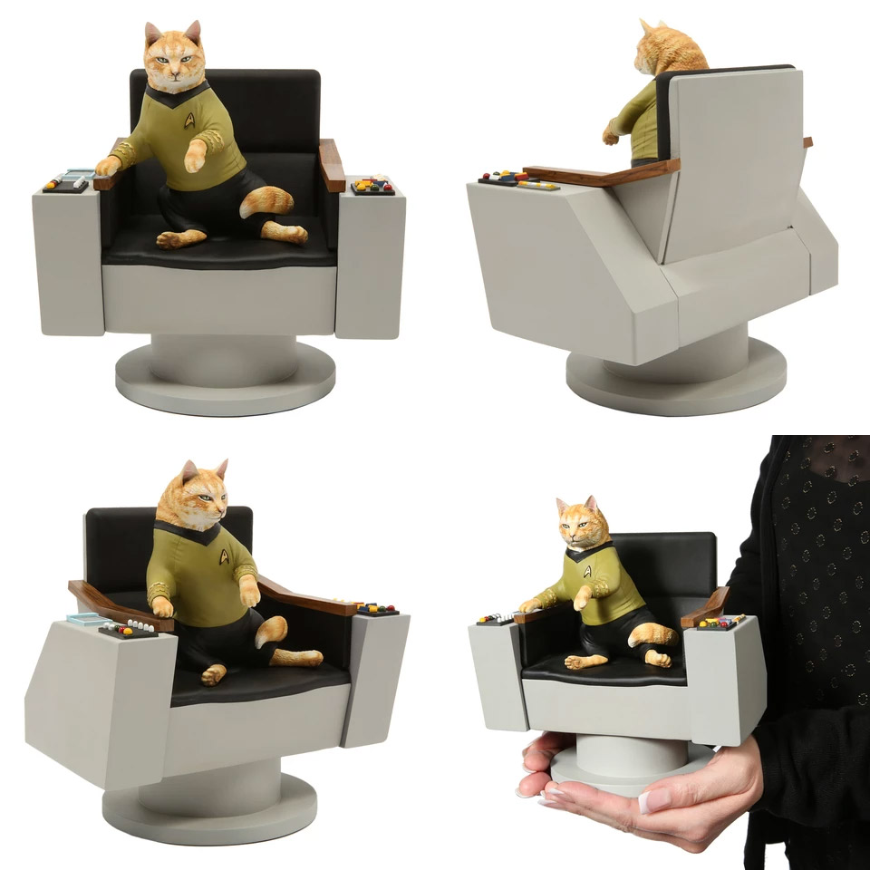 Star Trek Cats James T. Kirk Cat Limited Edition Statue