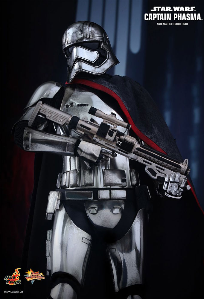Star Wars The Force Awakens Captain Phasma 1/6 Scale Figure by Hot Toys