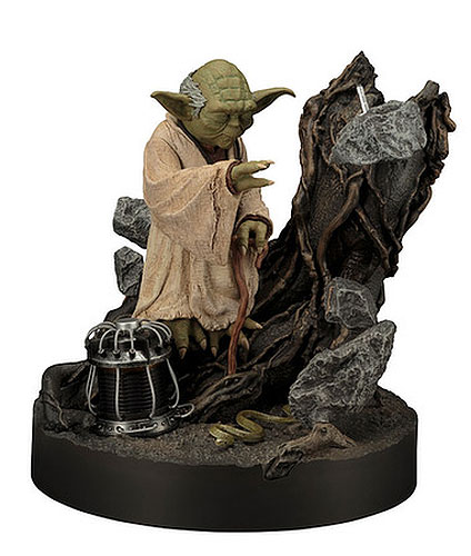 Star Wars The Empire Strikes Back 1/7 Scale Yoda Artfx Statue Repaint Version with Lights