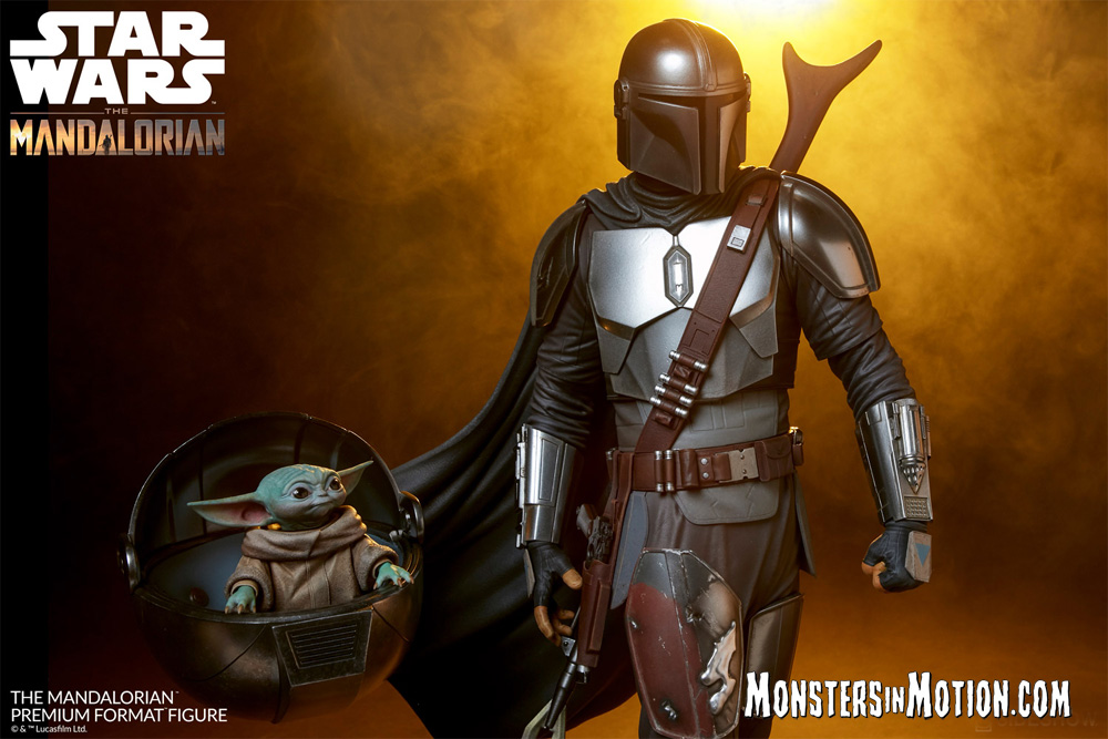 "Star Wars The Mandalorian with Child Premium Format 1/4 Scale 20"" Tall Figure"