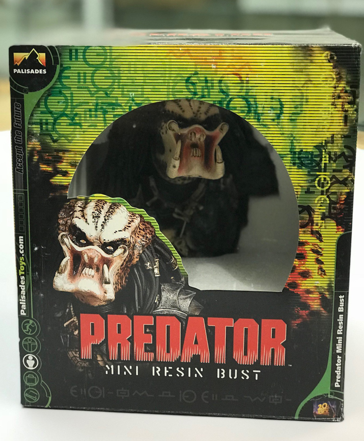Predator Mini Bust Statue by Palisades