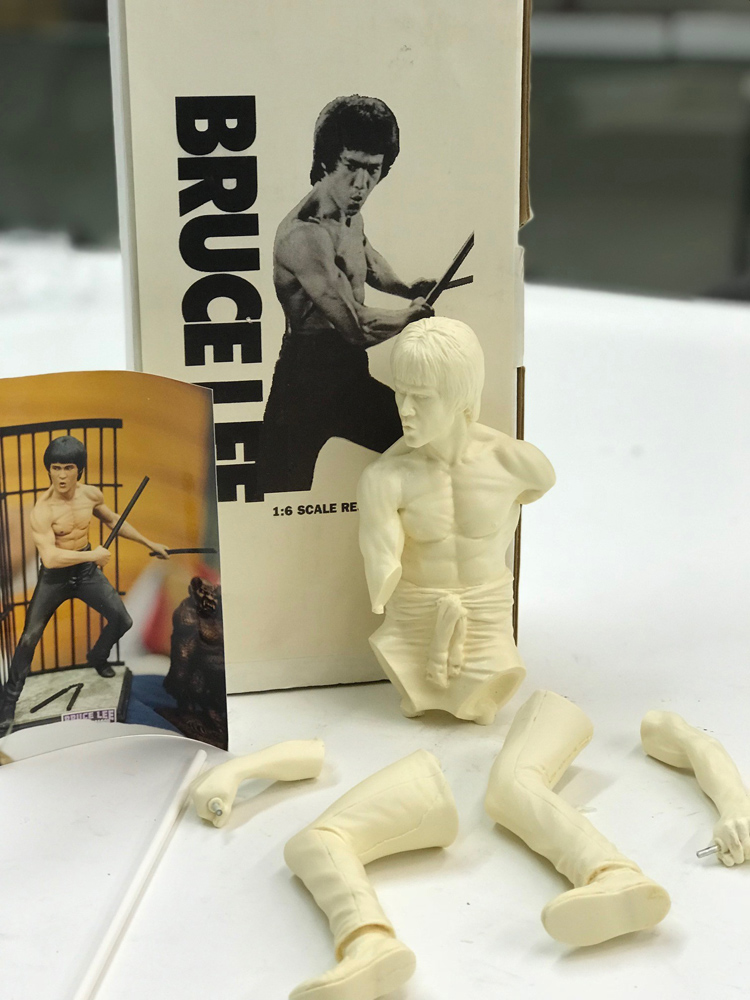 Bruce Lee Enter The Dragon 1/6 Scale Model Kit by Vision FREE SHIPPING