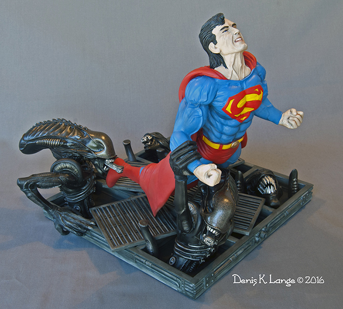 Superman Vs. Aliens 1/6 Scale Diorama Model Kit