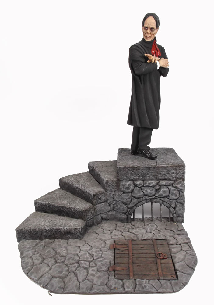 Phantom of The Opera Lon Chaney Sr. Diorama Finished Model