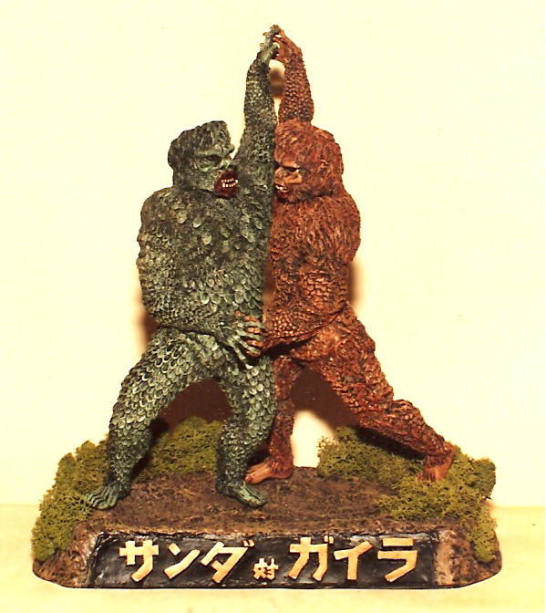 Gargantuas Fighting Diorama Model Assembly Resin Kit
