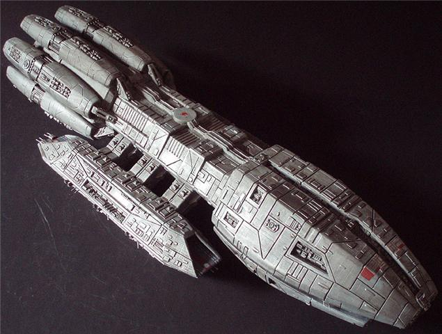 Battlestar Galactica 2003 Pegasus 1/3700 Model Kit (IMPORT)