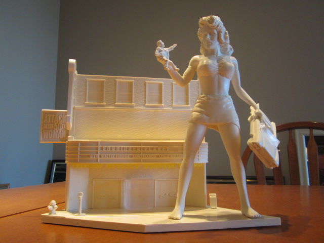 Attack Of The 50 Foot Woman Model Kit #1 Theater Diorama Version